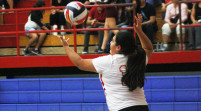 Varsity volleyball resolves not to let a loss discourage them